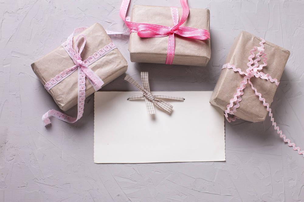 Eligiendo el mejor regalo para los invitados de una boda