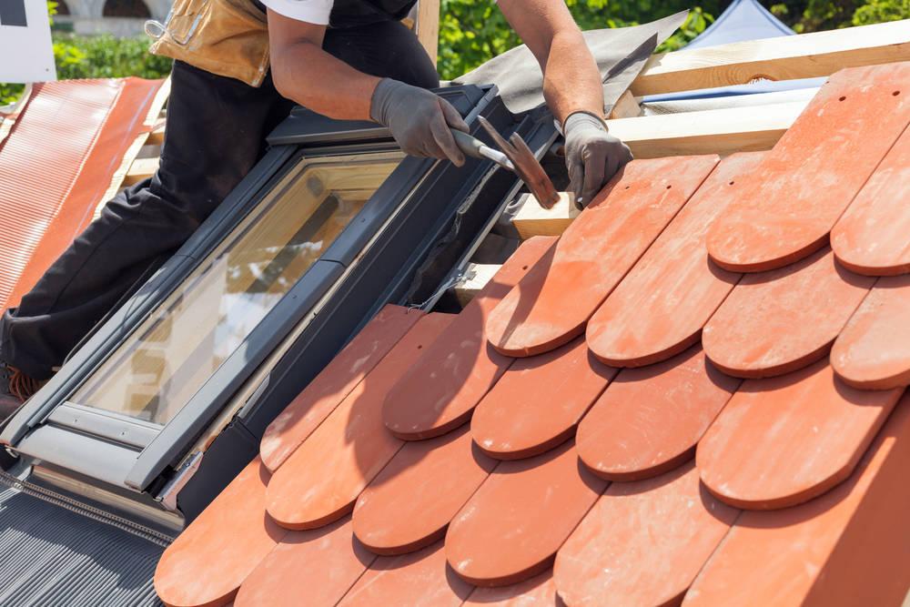 Aprovecha el buen tiempo para reparar tu tejado