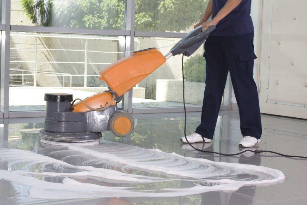 Los servicios de limpieza son vitales para la higiene del hogar y de la empresa